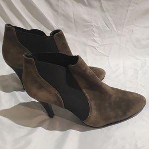 Worthington Soft Brown High Heels Size 6.5M
